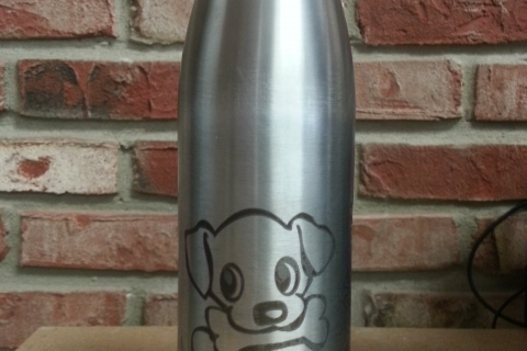 Moly-etched stainless steel bottle